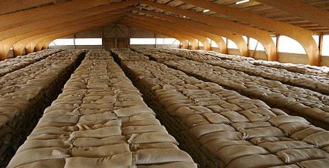 Imagen de uno de los 150 depósitos de alimentos, cerca de la ciudad de Frankfurt, para abastecer a la población en caso de gran emergencia.