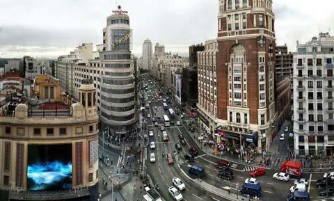 El ayuntamiento de madrid pretende convertir la gran v a - Centros de jardineria madrid ...