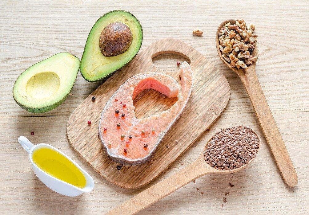 alimentos ricos en proteinas carbohidratos lipidos vitaminas y minerales