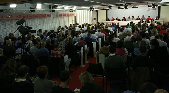 psoe abstencion