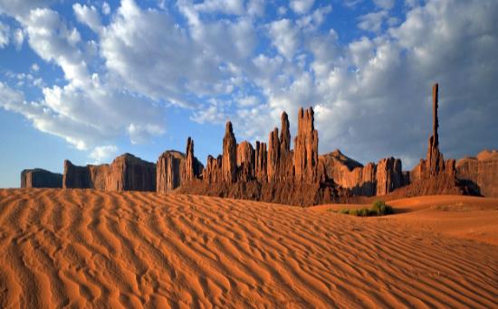 Resultado de imagen de 2.-LA RELIGIÓN EN GENERAL EN NAMIBIA