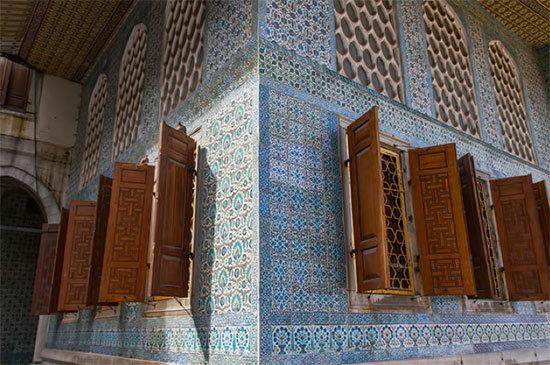 La Historia de la odalisca Roxelana y el Sultán Soleimán el Magnífico 2017032616370682722