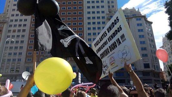 Protesta realizada por los vigilantes de Defensa la semana pasada en Madrid.