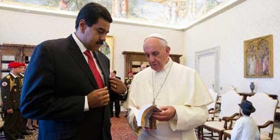 Papa Francisco insiste en diálogo en Venezuela para evitar una guerra civil
