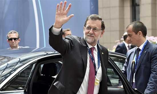 Rajoy debe irse para que podamos vivir en paz, honradez y libertad
