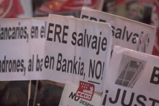 Bankia bmn un ere de empleos y unos beneficios de for Oficinas de bankia en murcia