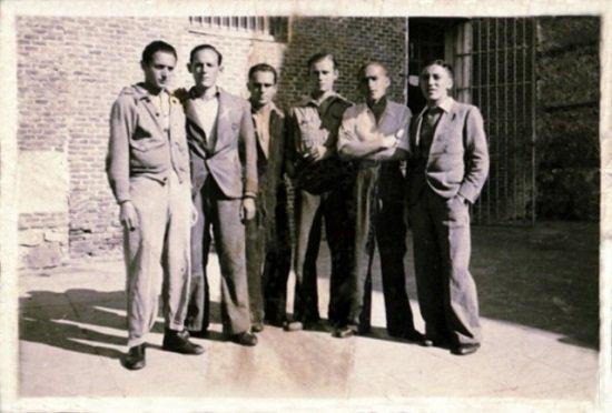 Lajo, Luis y seis presos en el Fuerte de San Cristóbal. (Foto: Último Cero)