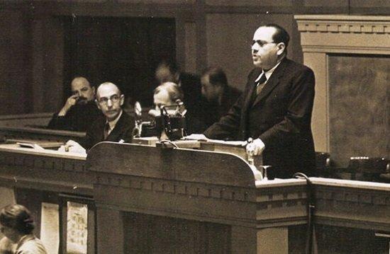 Juan Negrín en la Sociedad de Naciones el 18 de septiembre de 1937.
