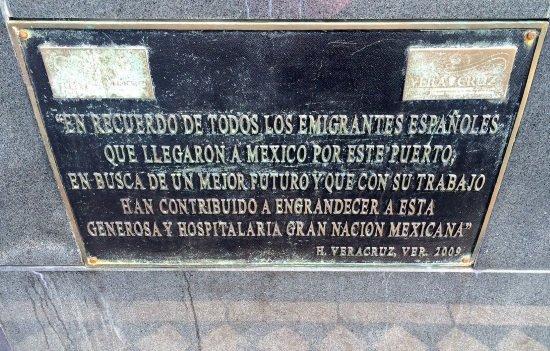 Monumento al emigrante español, en Veracruz.
