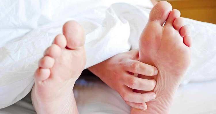 cura para hongos en los pies entre los dedos