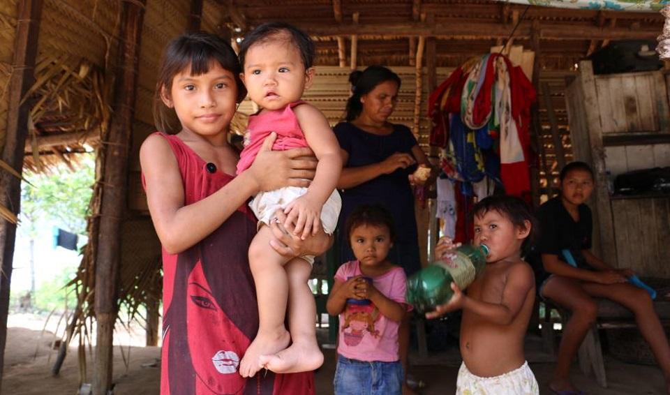 Veinte mil indígenas del Amazonas con coronavirus