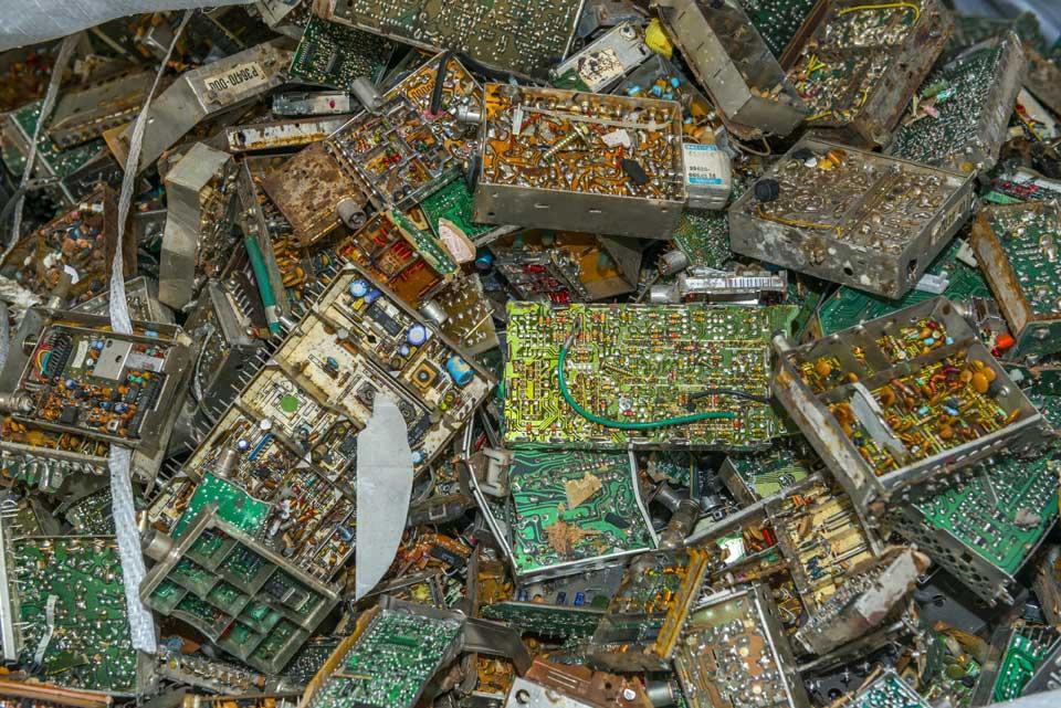 Exportar residuos electrónicos es incompatible con la economía circular