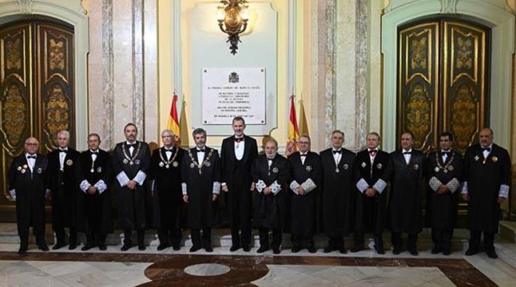 El desfile de los jueces