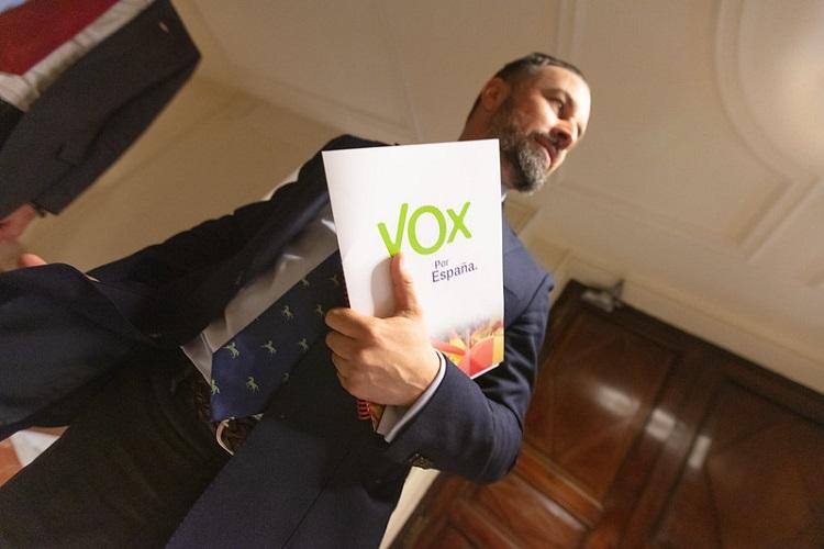 Vox presenta la moción de censura