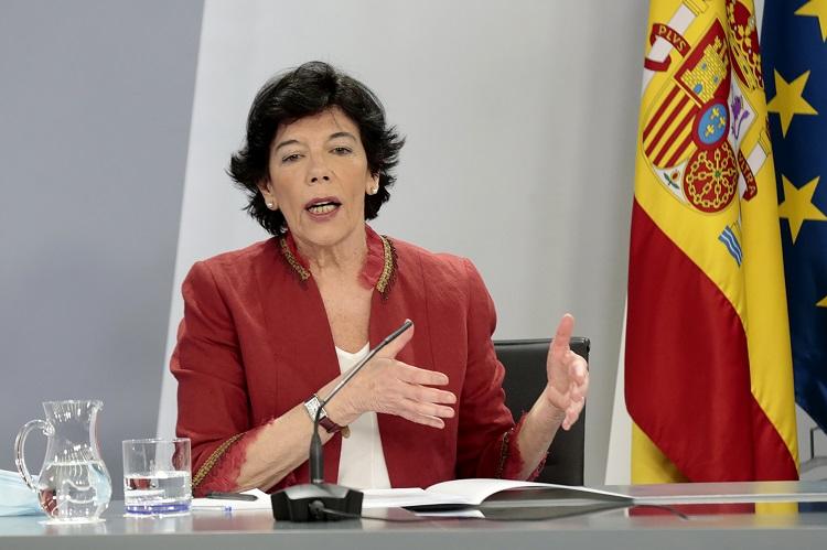 La ministra de Educación y Formación Profesional, Isabel Celaá. (Foto: La Moncloa)